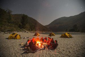 Rafting camping nepal
